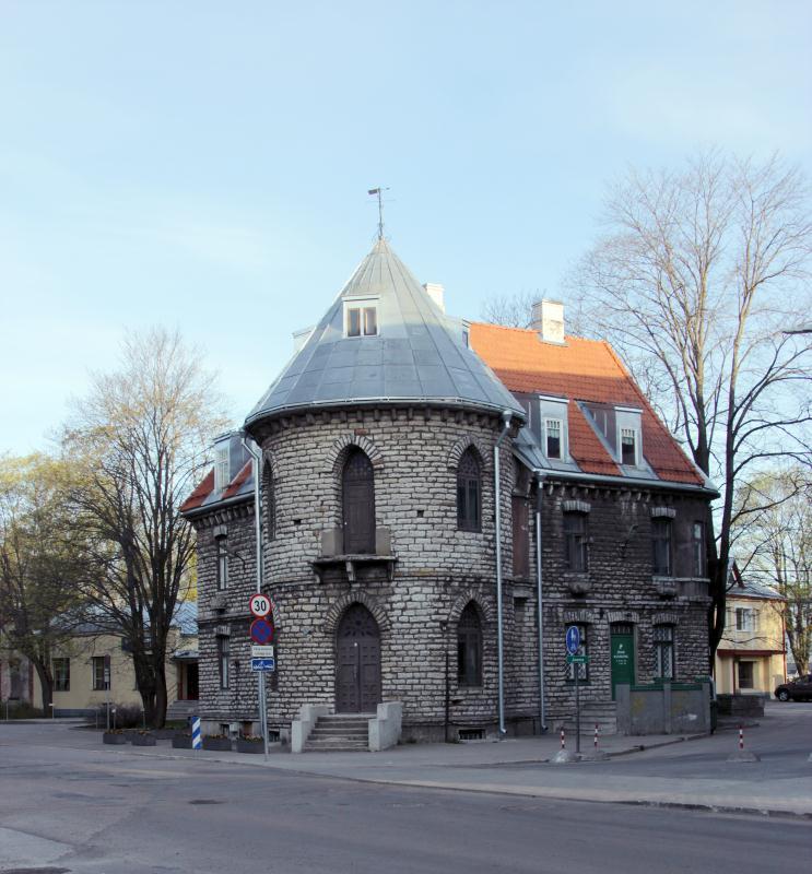 File:Tallinn_Nõmme.jpg