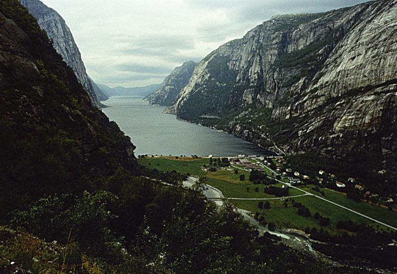 File:fjord.jpg