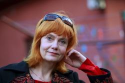 e72ad45df85 Eesti Teatriliidu (1990) ja Näitlejate Liidu liige (1993). Kalmer  Tennosaare ja Sirje Arbi tütar. Olnud 1984–93 abielus Heino Seljamaaga ja  1994–2006 Sten ...