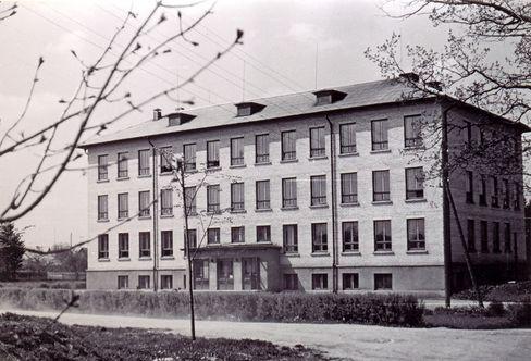 File:Koolimaja_1966.jpg